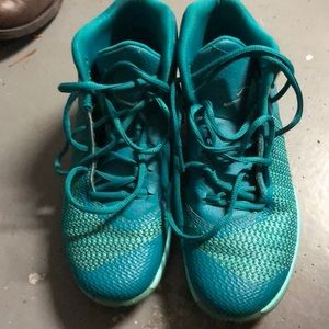 🌼Teal Jordan Sneakers